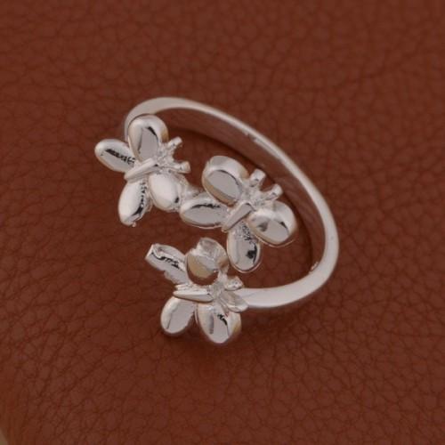 Regulowany srebrny pierścionek z motywem motyli