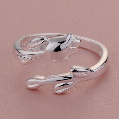 Regulowany srebrny pierścionek z motywem roślinnym
