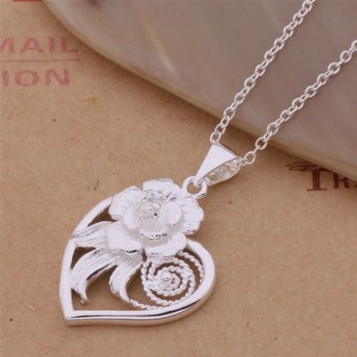 Srebrny naszyjnik - serce i róża