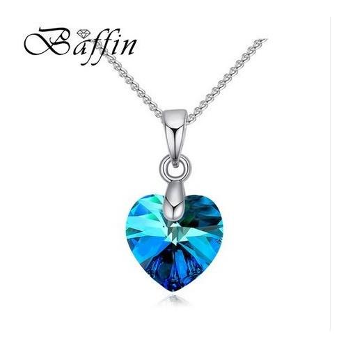 Srebrny naszyjnik z pięknym kryształem NE059