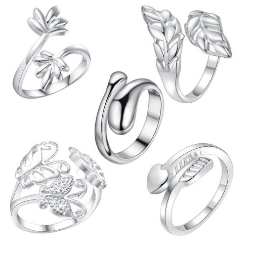 Komplet pięciu pierścionków