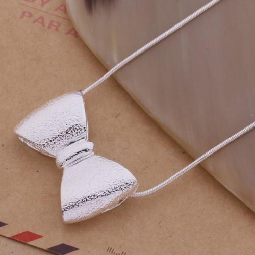 Srebrny naszyjnik NE074