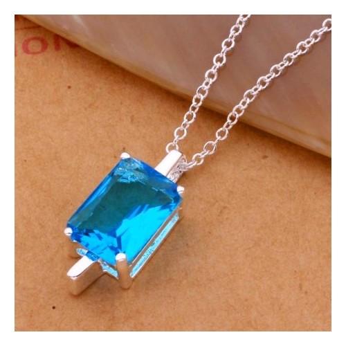 Srebrny naszyjnik z pięknym kryształem