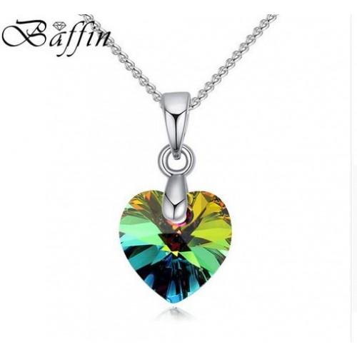 Srebrny naszyjnik z tęczowym kryształem NE086