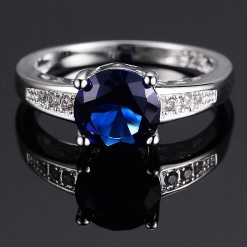 Posrebrzany pierścionek z pięknym kryształem P078