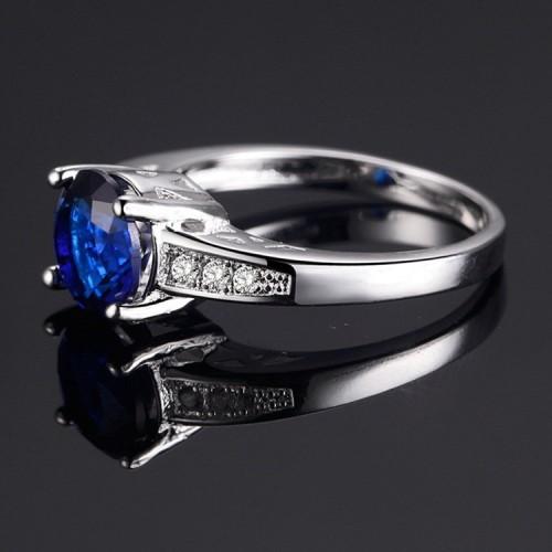 Posrebrzany pierścionek z pięknym kryształem P081