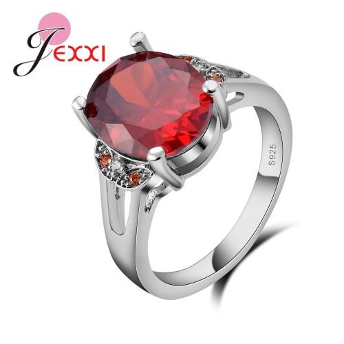 Srebrny pierścionek z pięknym kryształem P095