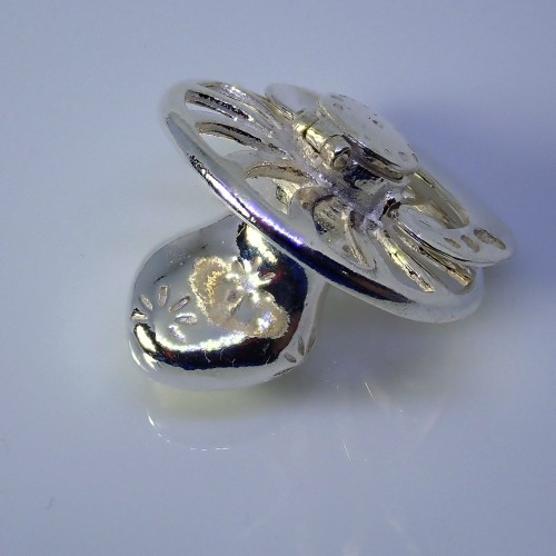 Piękny srebrny smoczek ze schowkiem. Próba 925. KNE007