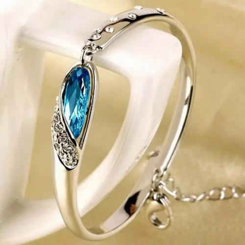 srebrna bransoletka z błękitnym kamieniem