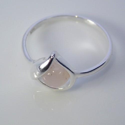 Srebrny pierścionek. Kamień: Kwarc Różowy. Próba 925. LXP004KR