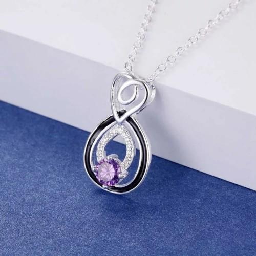 Srebrny naszyjnik z kryształami