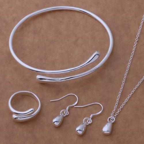 Komplet srebrnej biżuterii JS047