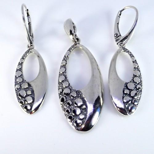 Komplet srebrnej biżuterii. Próba 925. KJS011