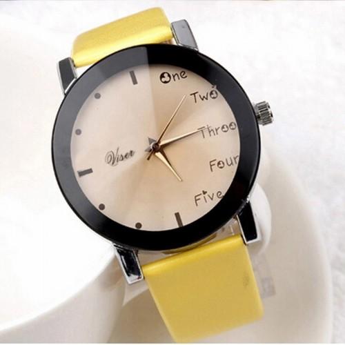 Ciekawy damski zegarek