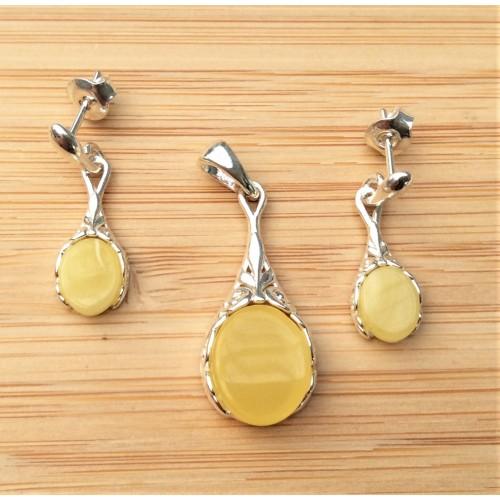 Komplet biżuterii zawieszka + kolczyki. Srebro 925 + bursztyn mleczny - LXJS010-884BM