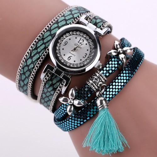 Zegarek w komplecie z bransoletką