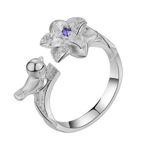 Unikatowy srebrny regulowany pierścionek.